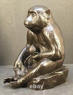 Fine Japanese Taisho Bronze Monkey witha Peach, Signed