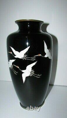 Fine Ando Japonais Cloisonne Vase Avec 5 Grues Dans Le Vol 604