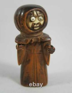 Fine Antique Japonais Sculpté À La Main Écrou Kobe Toy Monk Figure Avec Pop Out Eyes