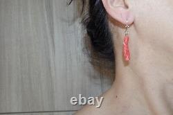 Kwan Yin Antique Rouge Momo Coral Sculpté Japonais Gros Levier Boucles D'oreilles Arrière