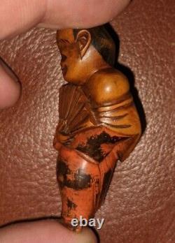 Meiji Période Fine En Bois Sculpté Netuke D'un Ventilateur Impérial Danseur Laqué