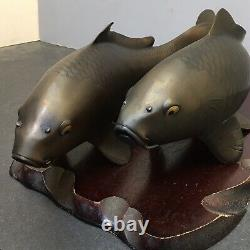 Paire De Fine Période Japonaise Meiji Bronze Okimono Koi-fish, Signé