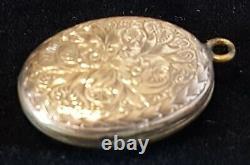 Tête De Pendentif Ovale Antique Antique De Locket Antique De 9 Carats D'or Massif